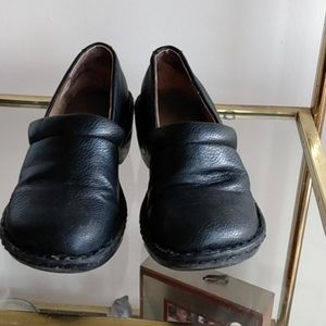 Bass genuine leather clog type shoe